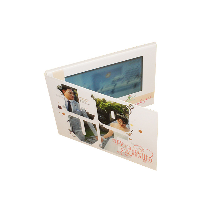 New Arrival 2GB Memory HD 7 Inch Paper Card LCD Screen Video Brochure for Wedding Invitations