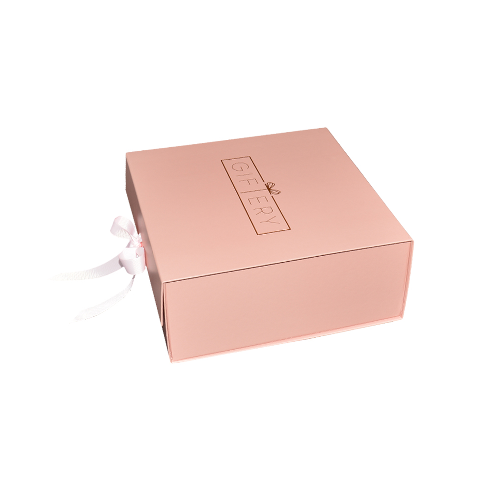 Custom Luxury A5 Deep Foldable Gift Box Packaging Magnetic Gift Box With Ribbon And Gold Foil Logo